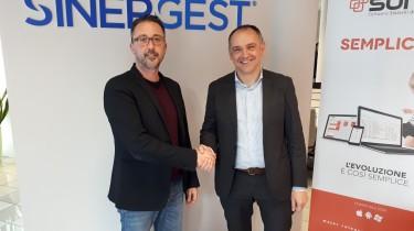 Il sindaco di Capannori Luca Menesini in visita a Sinergest